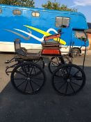 4-WHEEL CARRIAGE built by Bennington to suit a 14.2 to 16.2hh. Painted black with varnished panels