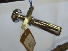 Whitemetal whip holder - carries VAT