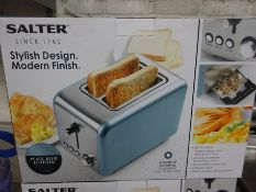 Salter 2 slice toaster. This item carries VAT.