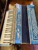 Alvari Italia accordion.