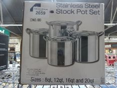 4 stainless steel cooking pots