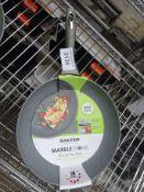 Salter 30cm non-stick pan