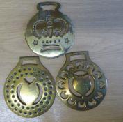 3 brasses with tulip, heart and crown centres