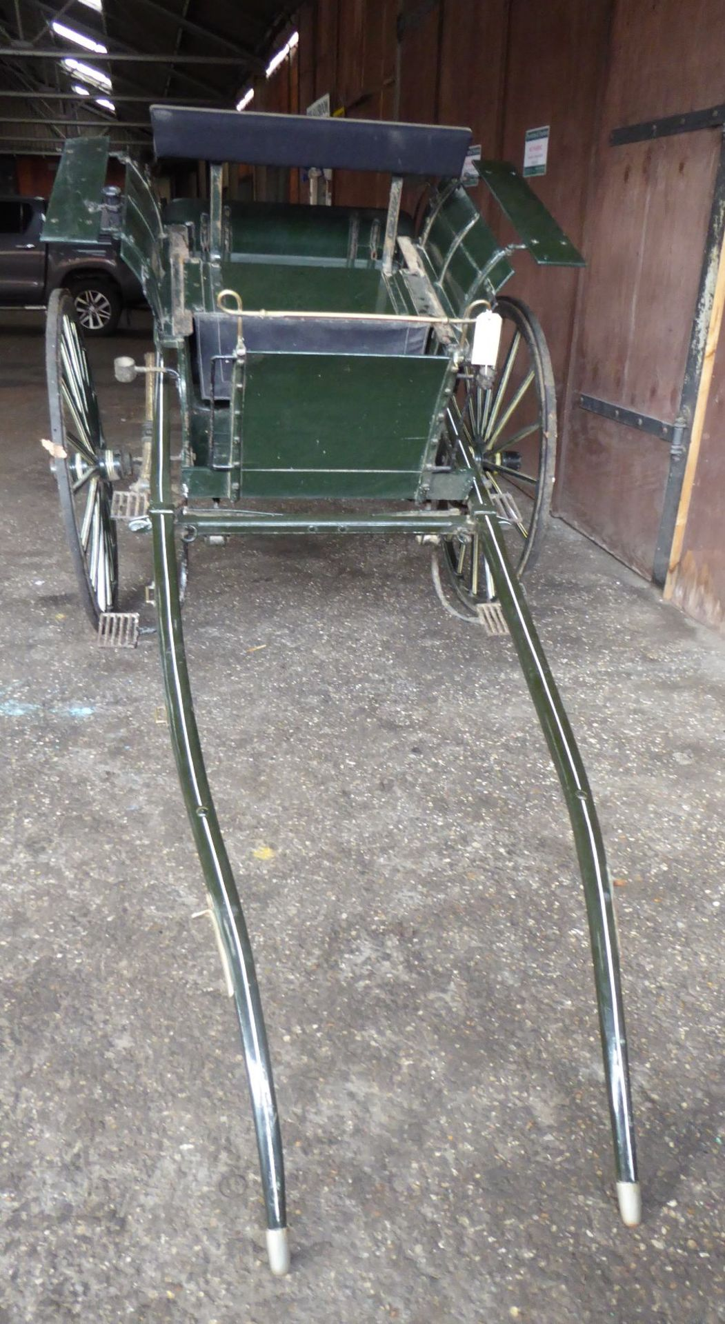 RALLI CAR built by John Beadle of Dartford to suit 13 to 14hh. Painted dark green with cream lining - Image 5 of 14