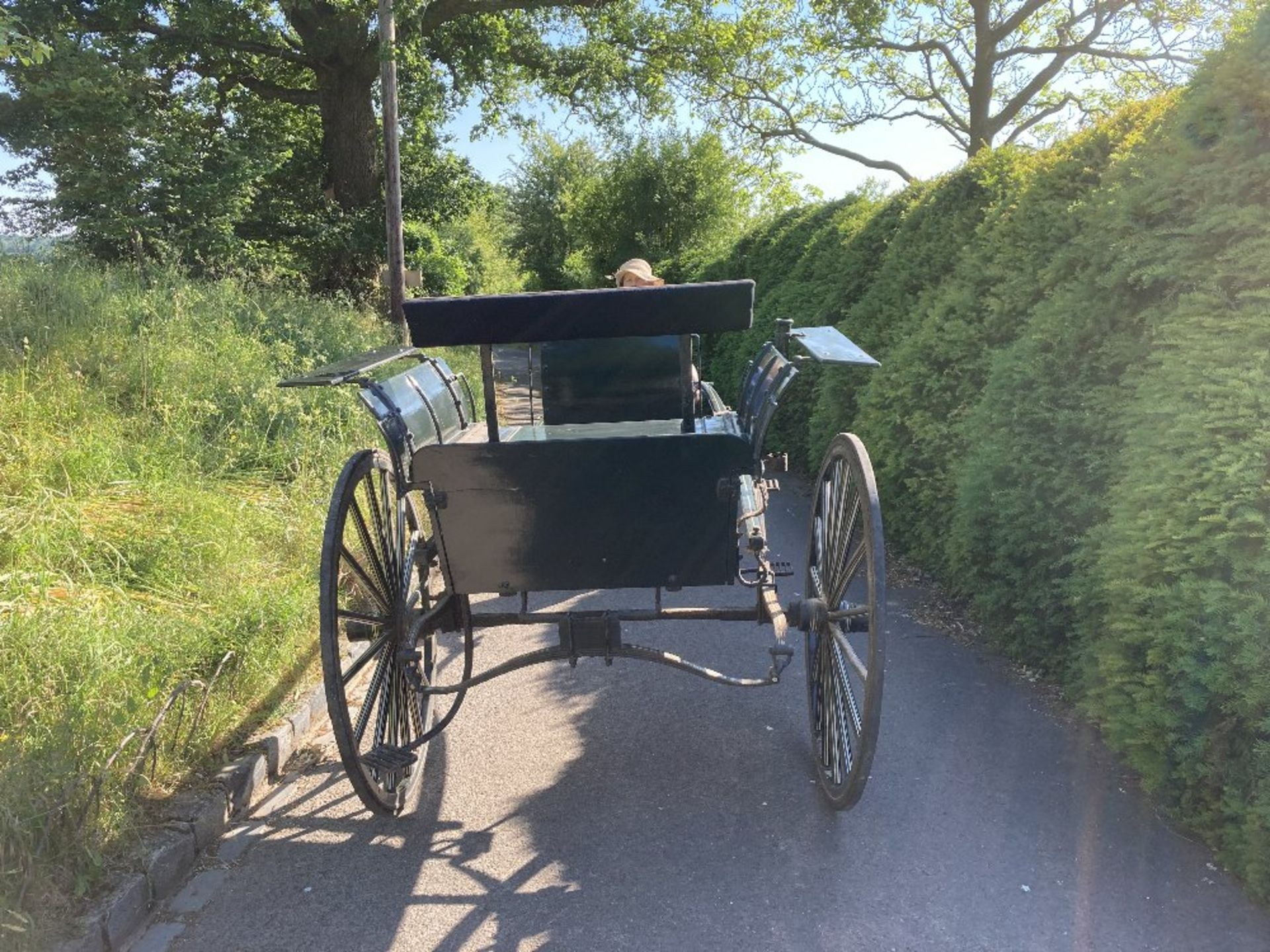 RALLI CAR built by John Beadle of Dartford to suit 13 to 14hh. Painted dark green with cream lining - Image 8 of 14