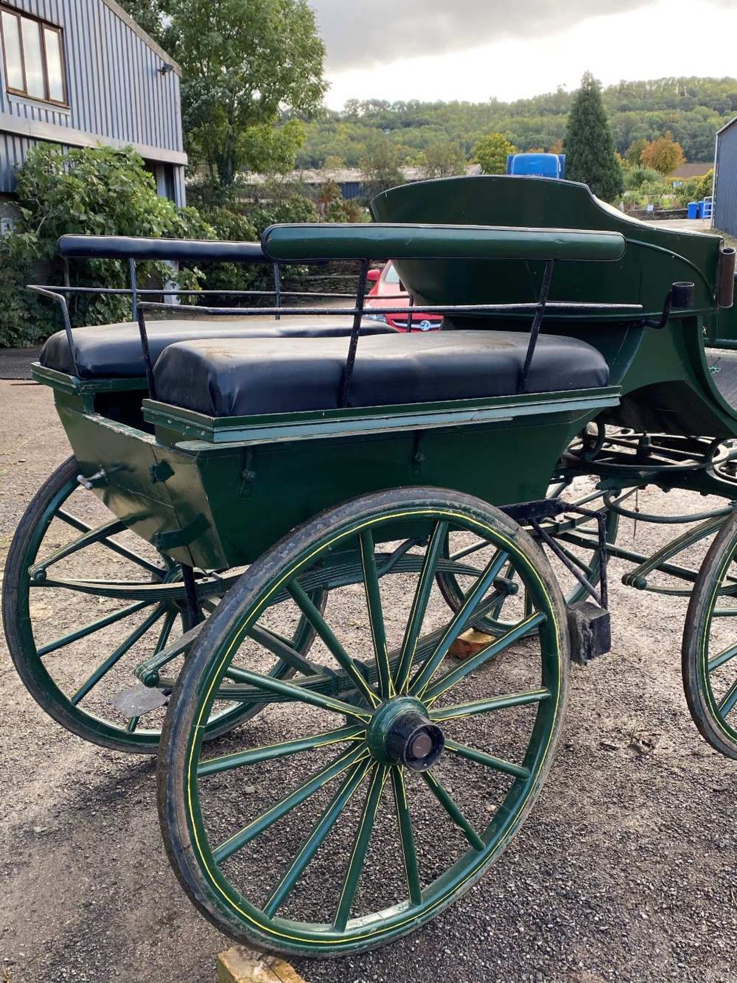 FRENCH WAGONETTE circa 1900 to suit 14.2 to 16hh single.  Lot 13 is located at the Reading Auction C - Image 2 of 3