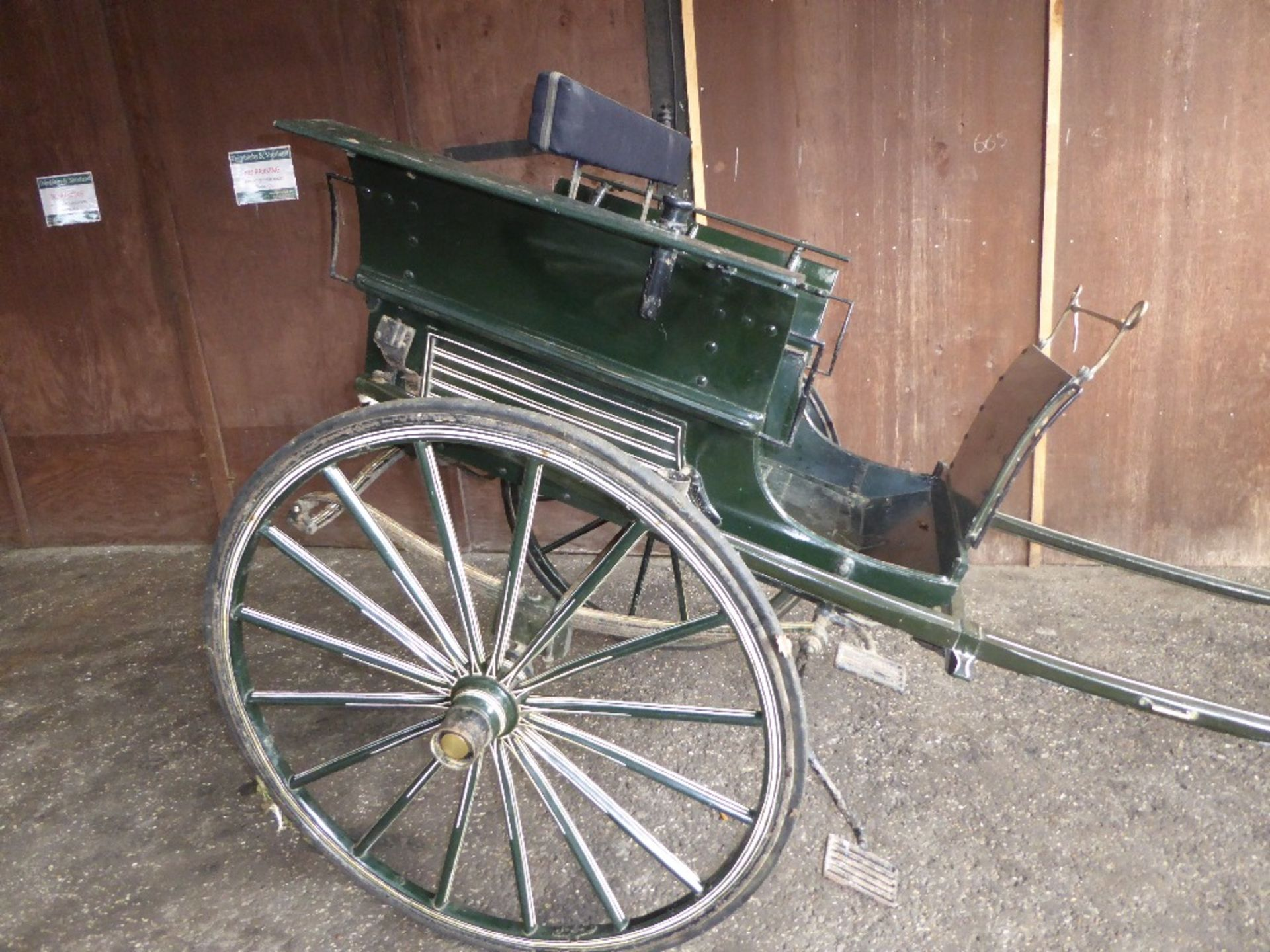 RALLI CAR built by John Beadle of Dartford to suit 13 to 14hh. Painted dark green with cream lining - Image 4 of 14