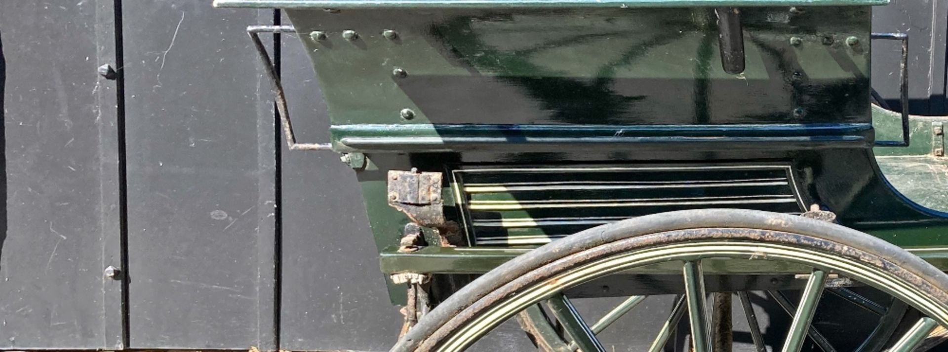 RALLI CAR built by John Beadle of Dartford to suit 13 to 14hh. Painted dark green with cream lining - Image 6 of 14