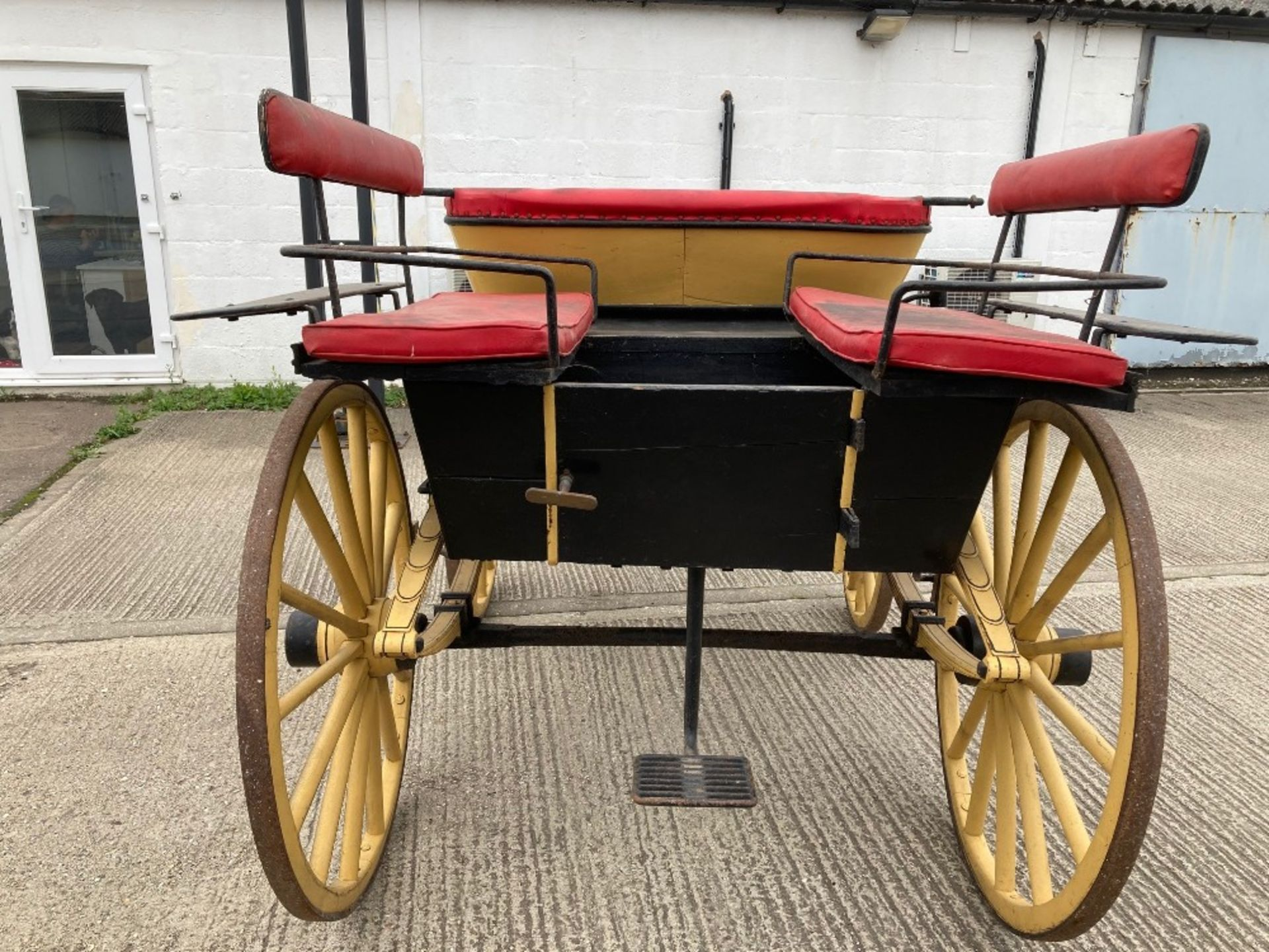 WAGONETTE built by C. Hazzote of Lubecourt to suit a single.  Lot 12 is located near Bognor Regis - Image 4 of 11