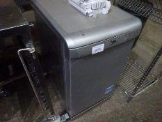 Beko DSF515315 dishwasher, 45cms.