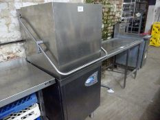 Class EQ Hydro 857 dishwasher, with table, 213cms wide.