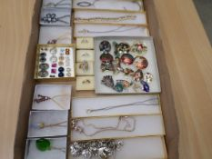 Tray of boxed quality costume jewellery