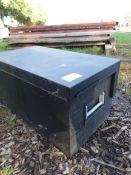 Van vault strongbox with keys, NO VAT