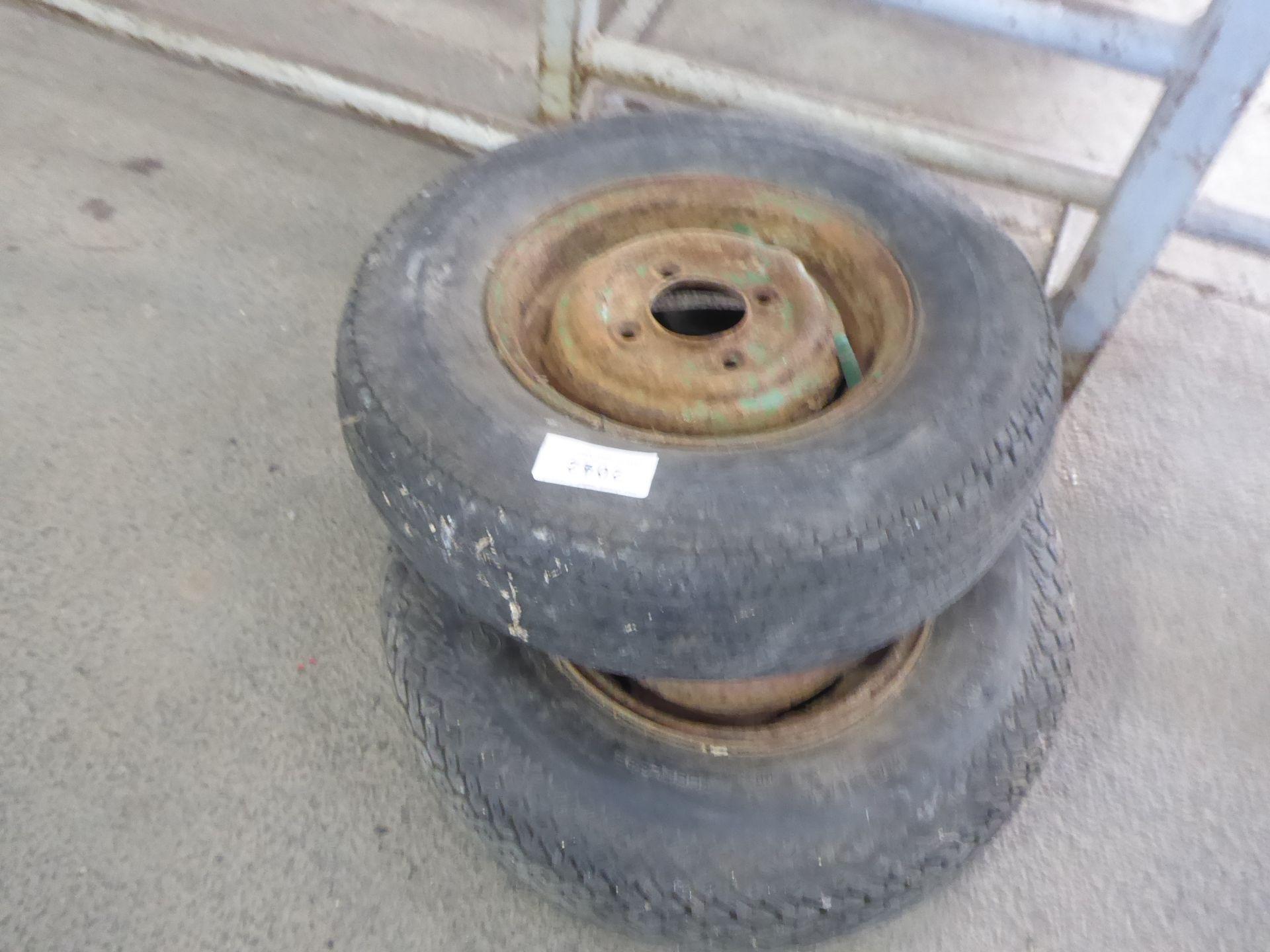 Lotto 2042 - Pair of original vintage Mini wheels