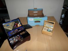 2 jewellery boxes with contents