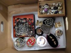 Tray of fancy boxes full of costume jewellery