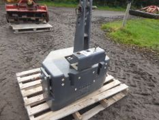 Fendt front weight block, as new