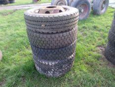 4 wheels & tyres
