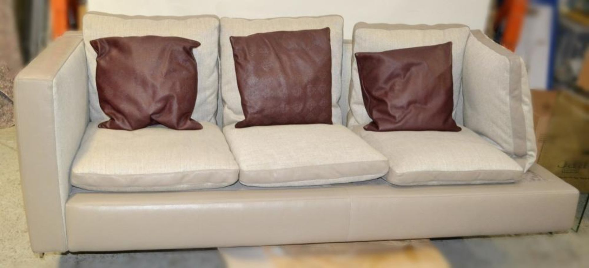 """Lot 594 - 1 x POLTRONA FRAU """"Mass Angolo"""" Large Left-Hand Sofa Element - Richly Upholstered In A Mix Of Fabric"""