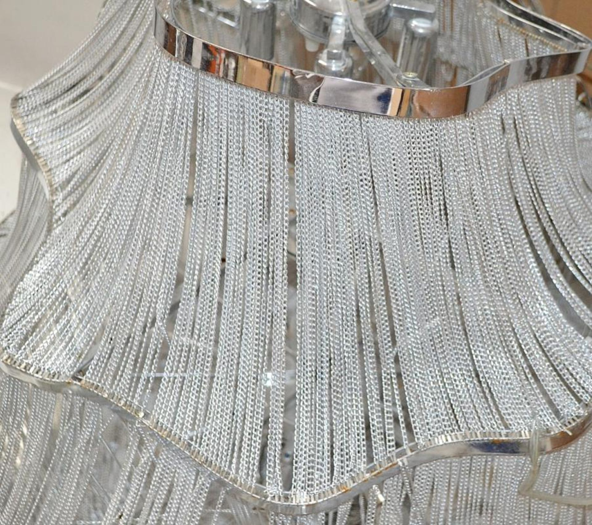 Lot 2578 - 1 x Stunning 3-Tier Chain Strand Falling 18-Light Chandelier - CL380 - Location: Altrincham WA14 - N