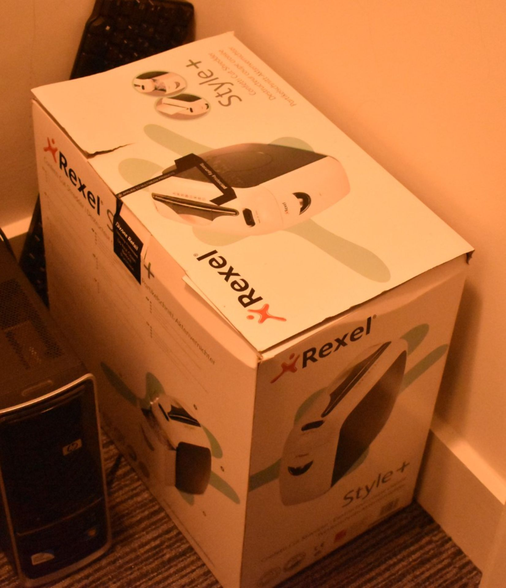 Lot 88 - 1 x Rexel Style+ Office Paper Shredder With Original Box - Ref 336 - CL501 - Location: Warrington