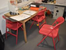 1 x Rectangular Wooden Table With Four Red Folding Chairs - CL489 - Location: Putney, London, SW15