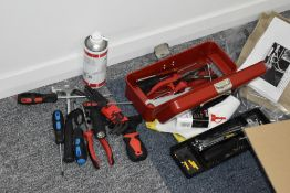 1 x Selection of Hand Tools With Tool Box - CL489 - Location: Putney, London, SW15 Auction details: