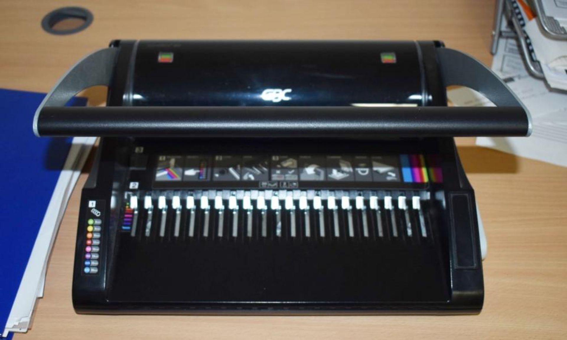 Lot 390 - 1 x GBC Combind 200 Office Paper Binder - CL490 - Location: Putney, London, SW15 Auction details: