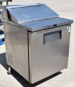1 x True Single Door Refrigertor With Salad Topper - H110 x W70 x D76 cms - Model TSSU-27-08 - CL232