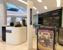 3 x Advertising Display Cubes And 2.6 Totem Pole - Recently Removed From A London Shopping Mall - CL