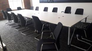 4 x Kinnarps Branded Rectangular Office Desks On Castors - Dimensions: 160 x 80 x H73cm