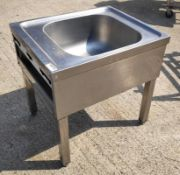 1 x Low Stainless Steel Commercial Kitchen Sink Unit - Dimensions: 50W x 60D x 60H cm - Very Recentl