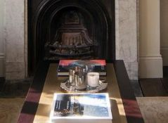 1 x JUSTIN VAN BREDA 'Alexander' Bespoke Mahogany Coffee Table - Custom Model With Brass Inlay