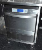 1 x Winterhalter Undercounter Dishwasher - 240v - Ref: RB121 - CL558 - Location: Altrincham WA14This