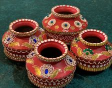 4 x Assorted Decorated Red Indian Pots - Dimensions: Mixed - Ref: Lot 103 - CL548 - Location: Near