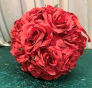 10 x Small 25cm Flowerballs - Dimensions: 25cm - Ref: Lot 107 - CL548 - Location: Near Market