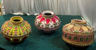 3 x Assorted Indian Pots - Dimensions: Mixed - Ref: Lot 101 - CL548 - Location: Near Market