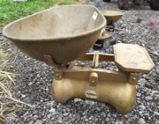 2 x Old Style Weighing Scales - Ref: JB211 - Pre-Owned - NO VAT ON THE HAMMER - CL574 - Location: We