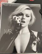 1 x Signed Autograph Picture - Margot Robbie - With COA - Size 10 x 8 Inch - CL590 - Location: