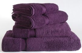 50 x Majestic Luxury 620gsm Bath Towels in Purple - Sizes Include Large, Medium and Small -