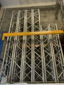 1 x James Thomas 4 Metre Long Squarelite Truss- Ref: 1195 - CL581 - Location: Altrincham