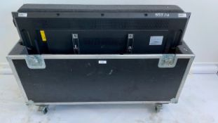 """1 x Samsung 55"""" DM55D Colour Display Unit With Hanging Bracket In A Dual Flight Case"""