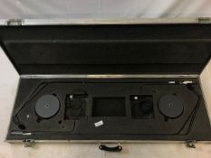 2 x AKG podium Microphones (2x AKG ck31 and 2x AKG GN15 including baseplates) in flight case -