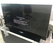 """2 x Samsung 40"""" LED Televisions In A Dual Wheeled Flight Case - Ref: 137 - CL581 - Location:"""