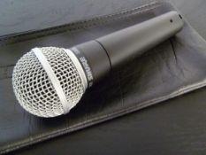 1 x Shure SM-58 Microphone With Orignal Shure Bag - Ref: 417 - CL581 - Location: Altrincham WA14
