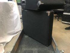 "2 x Peavey 12"" monitors in flightcase - Ref: 1236 - CL581 - Location: Altrincham WA14Items will be"