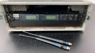 2 x Shure J5 2 Way Radio Racks, IEC With Shure Beta 58 Radio Microphones In Flight Case - Ref: 363 -