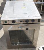 1 x Lincat ECO9 170 Ltr Electric Counter-Top Convection Oven - Dimensions: H77 x W63 x D81cm - Pre-o