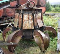 1 x Crane Grabber Attachment - H175 x W110 cms - CL547 - No VAT On The Hammer - Location:South