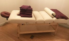1 x Oakworks Clinician Manual Massage Table - Supplied With Headrest - CL587 - Location: Altrincham